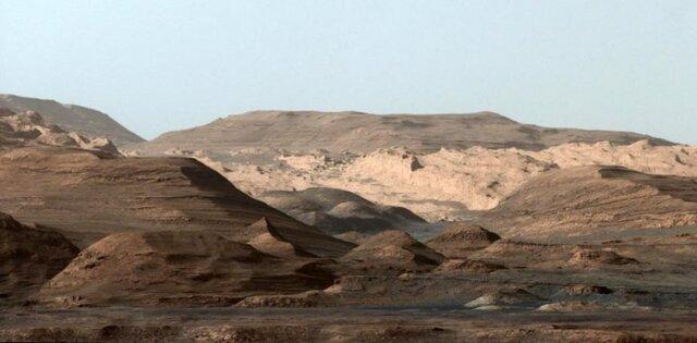 مریخنورد ناسا رسوبات سطحی را بررسی کرده و نه بقایای یک دریاچه باستانی
