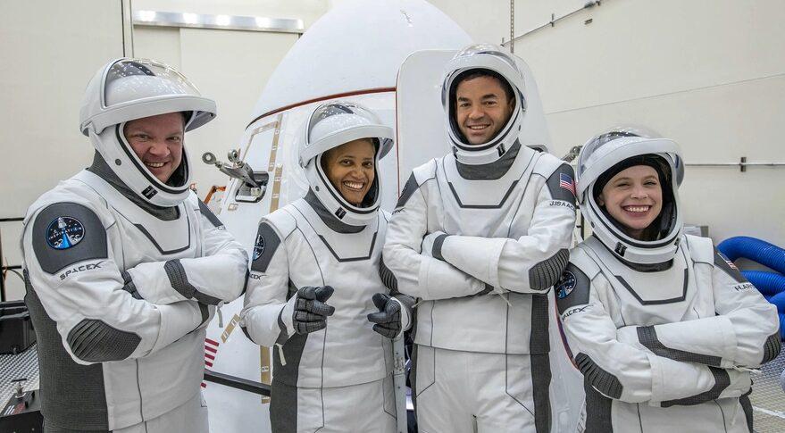 فضانوردان اسپیسایکس